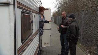 Wohnwagen einer Prostituierten bei TV NOW