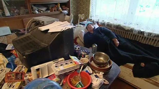 die gruselgruft der messie mutter aus einsatz in 4 w nden. Black Bedroom Furniture Sets. Home Design Ideas