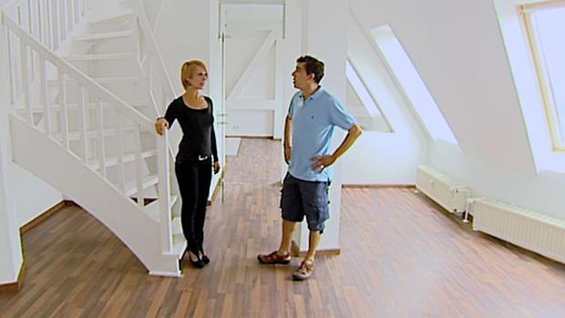 ein crepier und die makler aus mieten kaufen wohnen online schauen als stream bei tv now. Black Bedroom Furniture Sets. Home Design Ideas