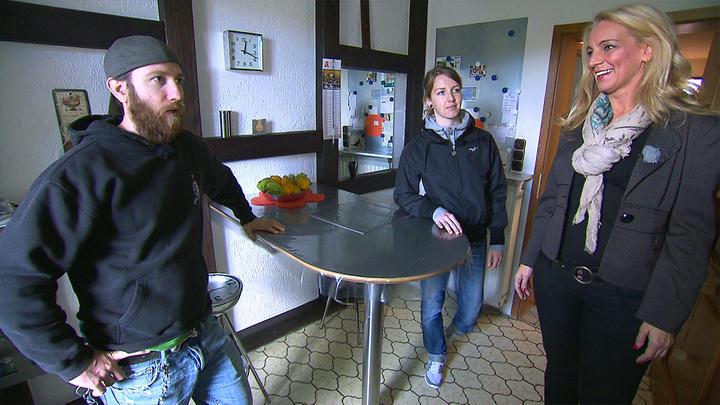 ungleiches paar auf haussuche aus mieten kaufen wohnen. Black Bedroom Furniture Sets. Home Design Ideas