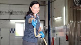 Lina van de Mars sucht einen zuverlässigen Van