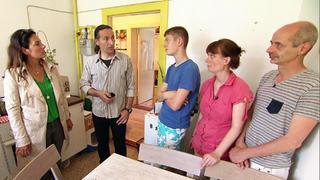 Carsten, Anke und ihre drei Kinder haben ein großes Problem