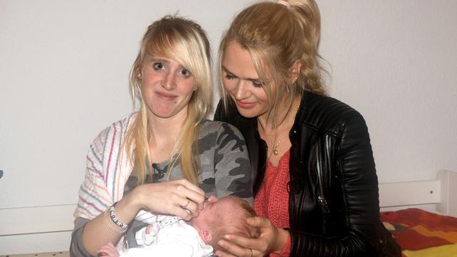 Wir bekommen dein Baby - Promimütter helfen: Sara Kulka