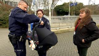 Die Cops operieren mit Herz, Hirn und Handschellen.