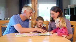"""Das """"Zuhause im Glück""""-Team hilft der Familie von Keno bei TV NOW"""