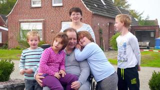 Ein Herzinfarkt verändert das Leben der Familie bei TV NOW