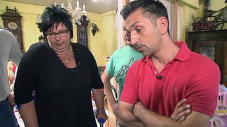 Trödelexperte Sükrü Pehlivan hilft Barbara und Klaus. bei TV NOW