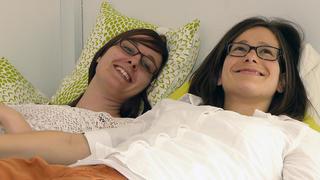 Auch Stephanie und Isabell träumen vom Babyglück