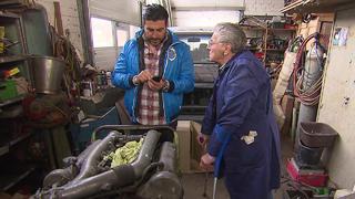 Sükrü hilft Joachim und und Evelyn beim Verkauf.