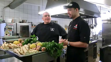 Die Kochprofis - Einsatz Am Herd - Curry & Fritz In St. Nikolai