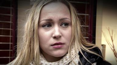 Verdachtsfälle - 19-jährige Wird Von Ihrer Mutter Verleugnet