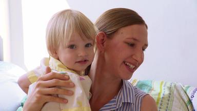 Mein Kind, Dein Kind - Wie Erziehst Du Denn? - Sabine Vs. Josefin