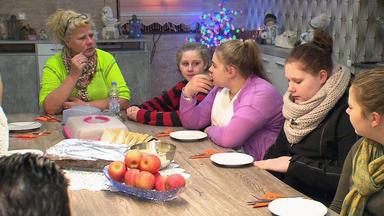 Die Wollnys - Eine Schrecklich Große Familie! - Silvia, Die Party-crasherin!