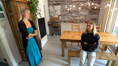 Krass Schule - Die Jungen Lehrer - Verhüllte Schülerin Wird Gemobbt