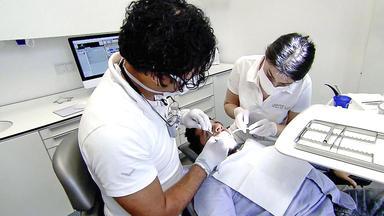 Der Nächste, Bitte! - Dr. Khonba Fühlt Seinem Cousin Auf Den Zahn
