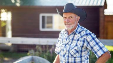 Bauer Sucht Frau - Andreas Zeigt Seiner Dame Das Farmer-leben In Kanada