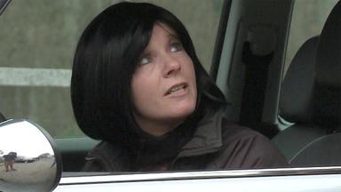 Schneller Als Die Polizei Erlaubt - Stress Auf Der Autobahn