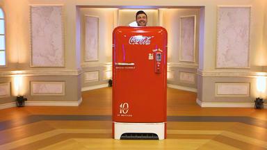 Die Superhändler - 4 Räume, 1 Deal - Cola Kühlschrank \/n Bauhauslampe \/ Puppenwagen \/ Pantochair
