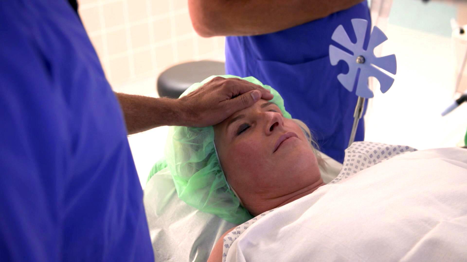 Chirurg Dr. König rettet eine Mutter   Folge 39