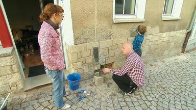 Die Schnäppchenhäuser - Das Harte Leben Auf Einer Schäppchenhaus-baustelle - Eine Blind Ersteigerte Bruchbude Für's Familien