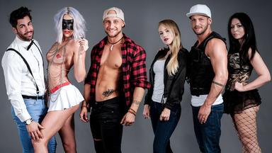 Ausgezogen - Die Stripper-wg - Chris Hat Seine Eigene Stripper-agentur Gegründet