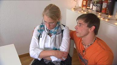 Familien Im Brennpunkt - Muskulöser Müllmann Will Es Allen Zeigen