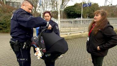 Die Straßencops - Jugend Im Visier - Die Cops Operieren Mit Herz, Hirn Und Handschellen.