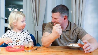 Mensch Papa! Väter Allein Zu Haus - Sendung Vom 19.12.2019