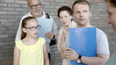 Schmitz & Family - Folge 2