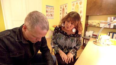 Verdachtsfälle - 44-jährige Bezahlt Arzt Für Falsche Diagnose Ihres Mannes