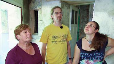 Die Schnäppchenhäuser - Vom Schimmel In Die Asbestbude - Ferien Auf Dem Bau