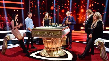 Spiel Die Geissens Untern Tisch - Können Sich Sarah Und Chris Gegen Das Millionärs-ehepaar Durchsetzen?