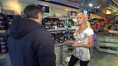 Exklusiv - Die Reportage - Erotisches Doppelleben - Frau Am Tag, Verführerin Bei Nacht