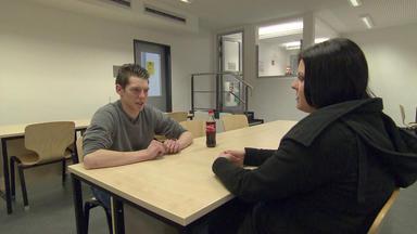 Der Jugendknast - Wie Sieht Das Leben Hinter Mauern Und Stacheldraht Aus?