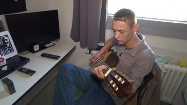Der Jugendknast - Marcel Wird Aus Dem Gefängnis Entlassen