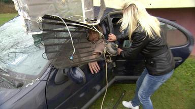 Verdachtsfälle - Kühlschrank Verletzt Ehemann Und Unbekannte