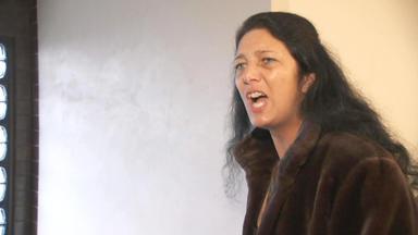 Familien Im Brennpunkt - Aggressive Mutter Verklagt Gott Und Die Welt