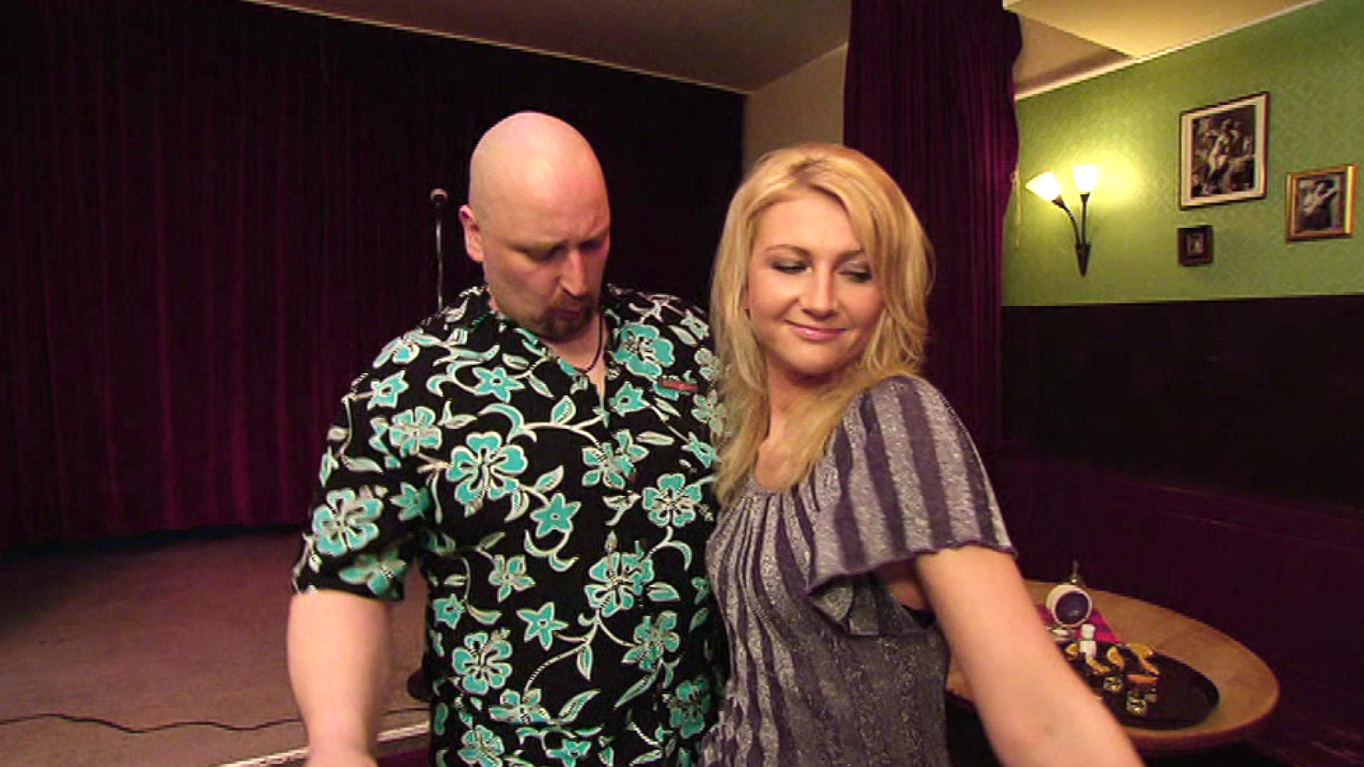 Ehemann belästigt alle möglichen Frauen | Folge 133