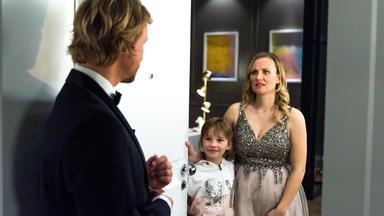 Alles Was Zählt - Marie Konzentriert Sich Auf Die Gala