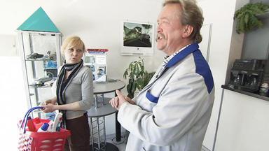 Familien Im Brennpunkt - Alleinerziehende Putzfrau Wird Von Arbeitgeber Ausgenutzt - Ea 29.11.10