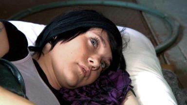 Familien Im Brennpunkt - Tochter Lebt Auf Der Straße