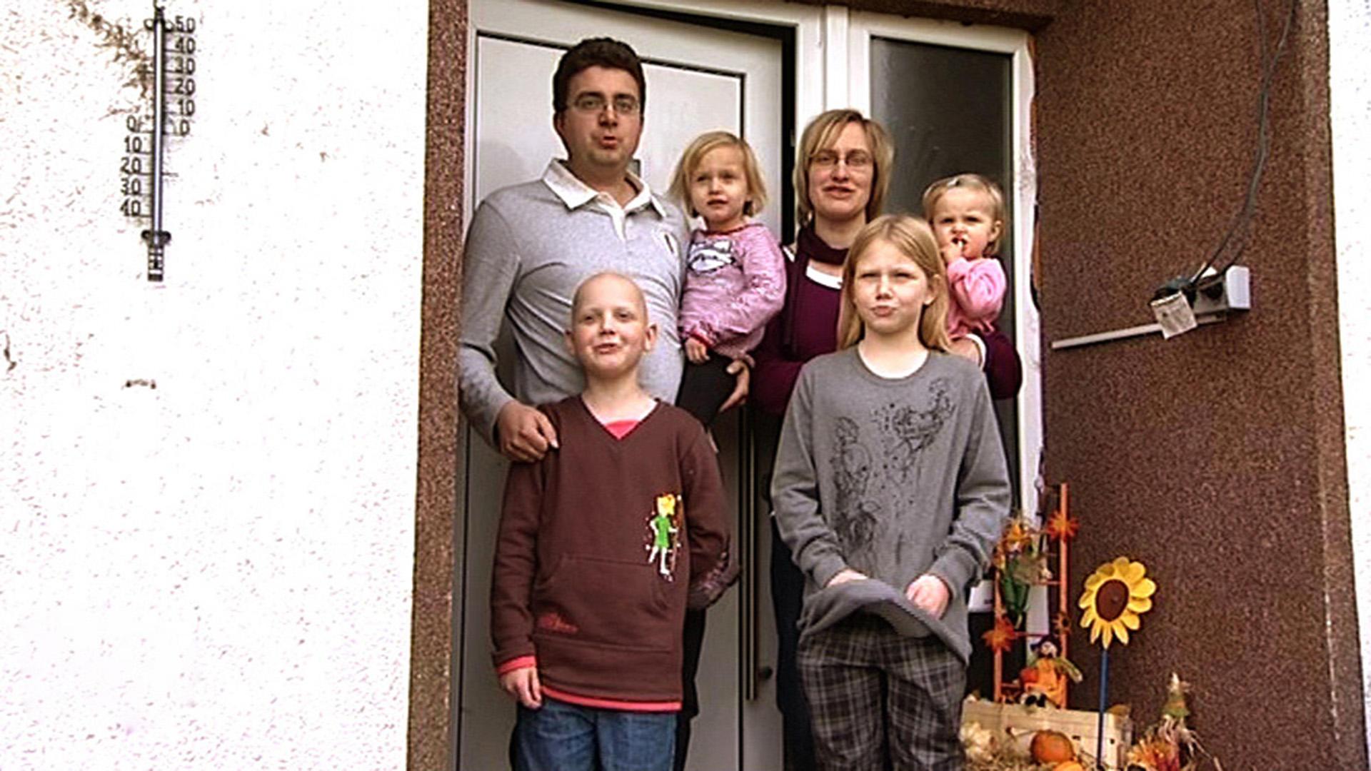 as Haus wurde zu eng für die sechsköpfige Familie | Folge 97