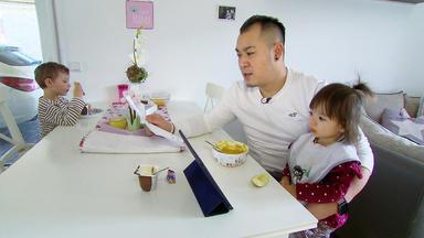 Mensch Papa! Väter Allein Zu Haus - Familie Dinh