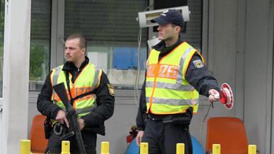 Die Alltagskämpfer - Überleben In Deutschland - Grenzenloser Schmuggel - Der Zoll Packt Aus