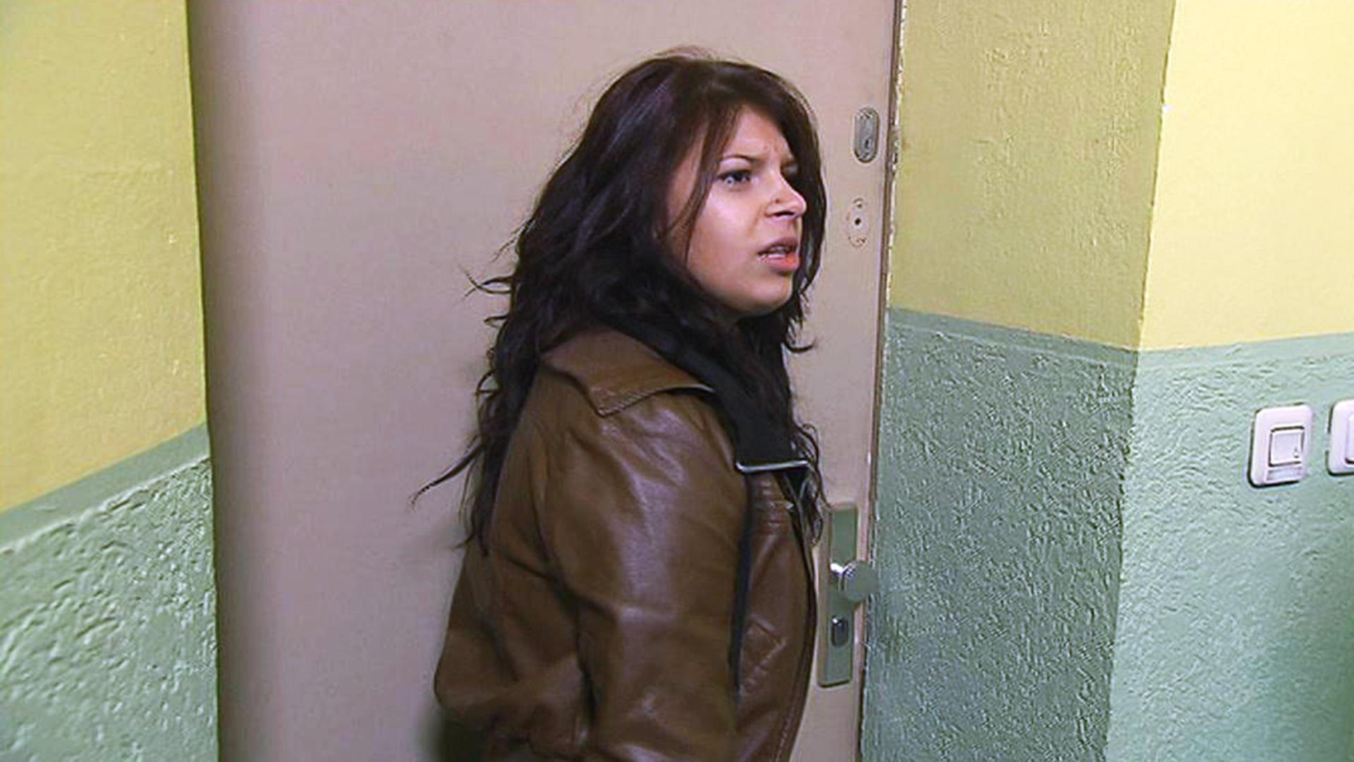 Mädchen terrorisiert die ganze Straße   Folge 79