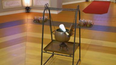 Die Superhändler - 4 Räume, 1 Deal - Bowlewagen \/ Lampe \/ Skulptur \/ Skulpturen Konvolut