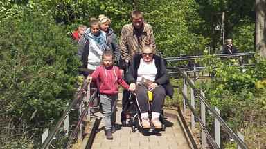 Die Wollnys - Eine Schrecklich Große Familie! - Estefania Und Loredana Im Krankenhaus!