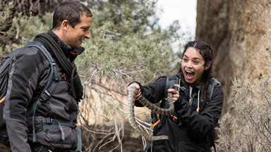 Bear Grylls: Stars Am Limit - Vanessa Hudgens