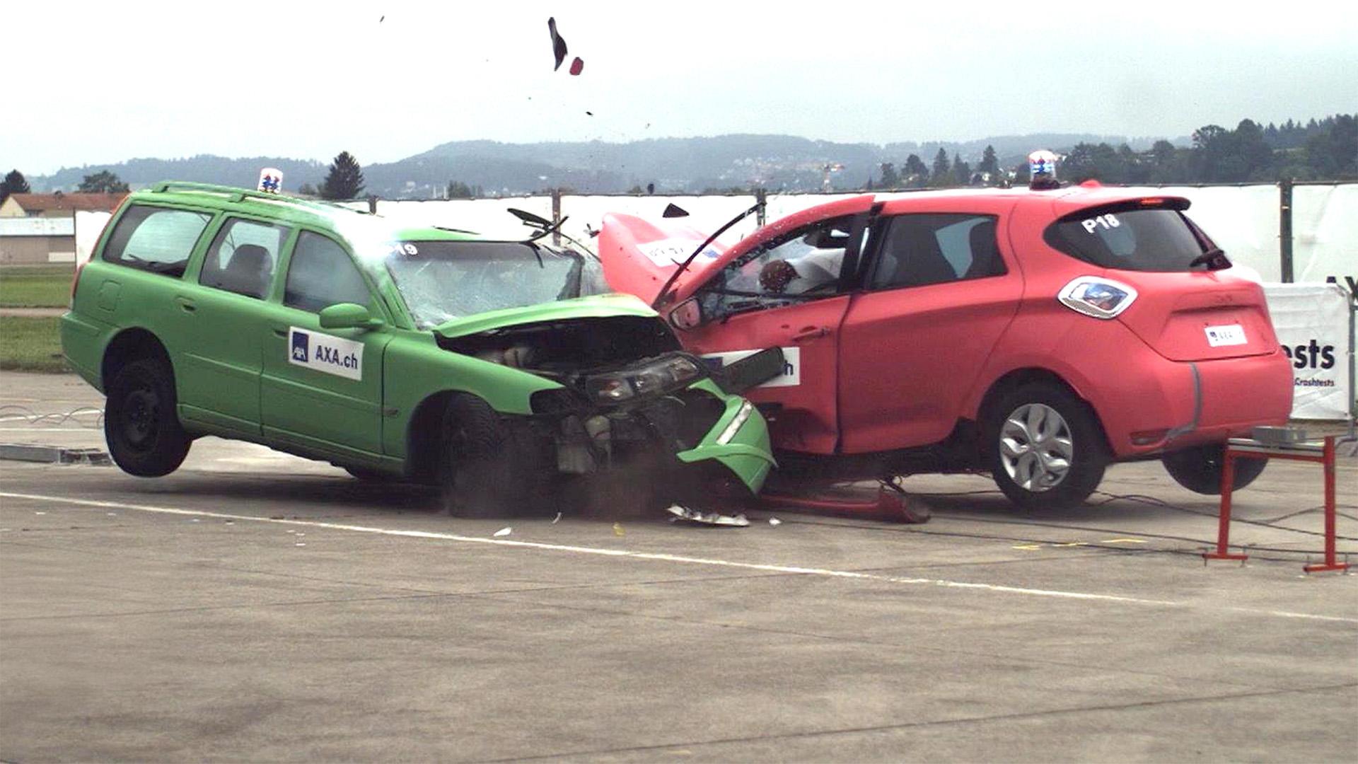Thema heute u.a.: E-Auto Crashtest   Folge 42