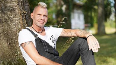 Bauer Sucht Frau - Thomas Schwelgt Im Glück